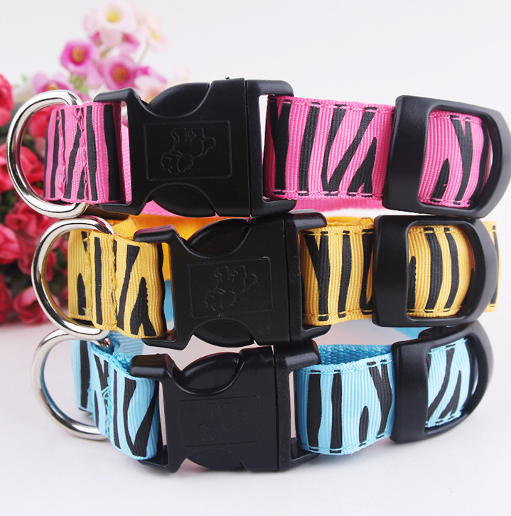 Customized Designs Led Cat Collar Attractive and Lighting LED Pet Collars for <strong>Dogs</strong>