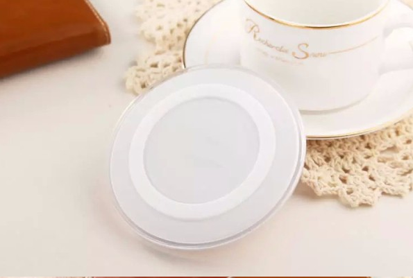 Universal Round Wireless Charger QI Standard Wireless Charging Pad for Smartphones