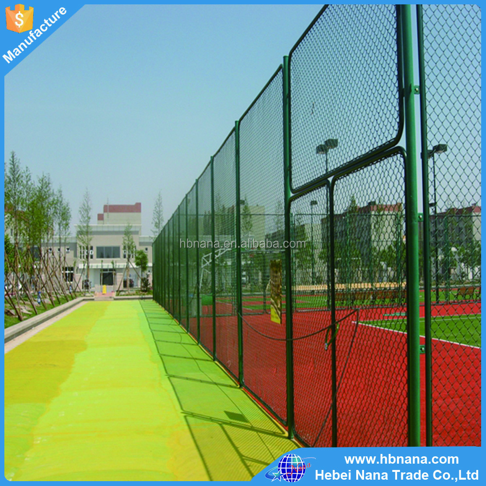 2016 hot sale product golf course barrier chain link fencing