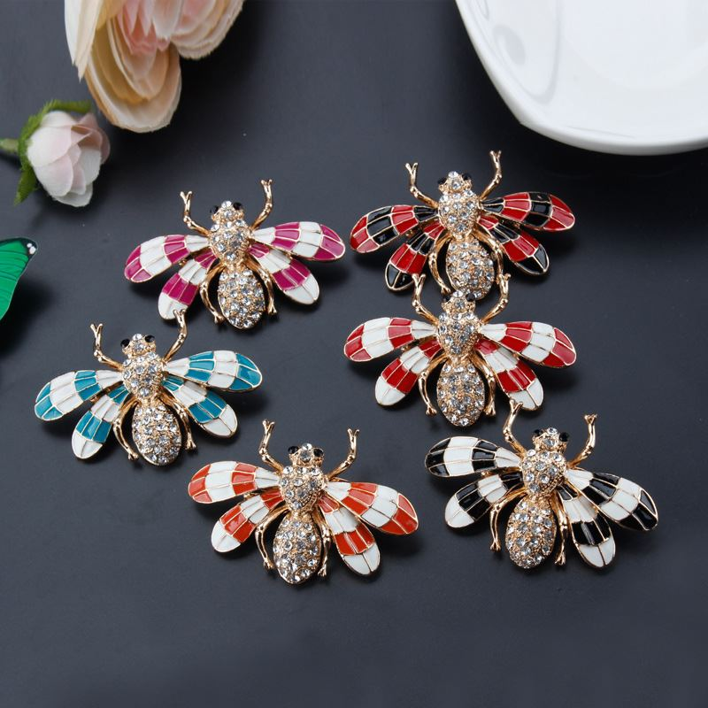 2017 New Animal Bee Brooch Crystal Oil Drop Brooches Wholesale Jewelry Lady