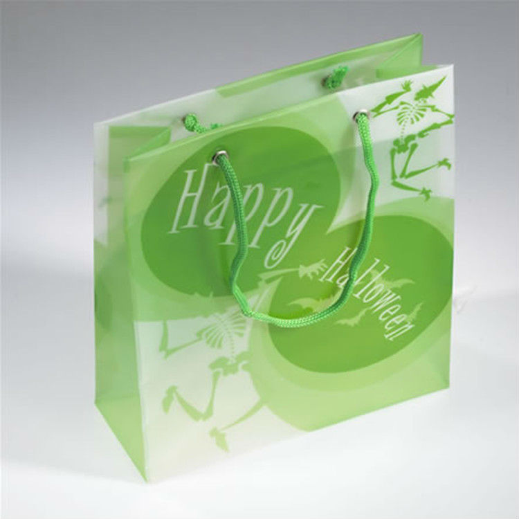 china supplier pvc clear plastic bags with handles