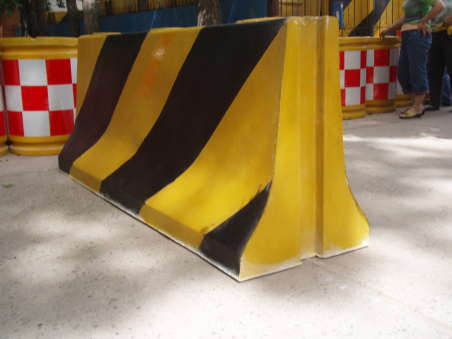 Portable Traffic/ Street/ Road Safety plastic water barrier
