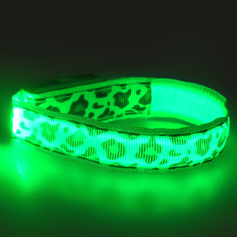 Flashing sports safety led wristband for sport