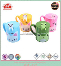OEM plastic drinking mug with spoon and lip FDA standard ICTI ,ISO ,BV certificates