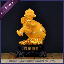 Hot sale feng shui small resin monkey animal figurines