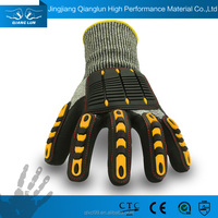 QL ODM and OEM High Quality labor protection cut 5 mechanic glove
