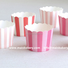 Medium Size Custom Printed Strip Design Muffin Liners