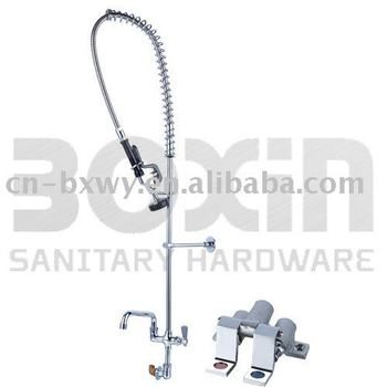 splashmount pre-rins dishwasehr faucet with foot valve faucet