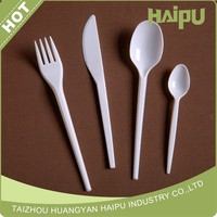 cheap white disposable plastic cutlery