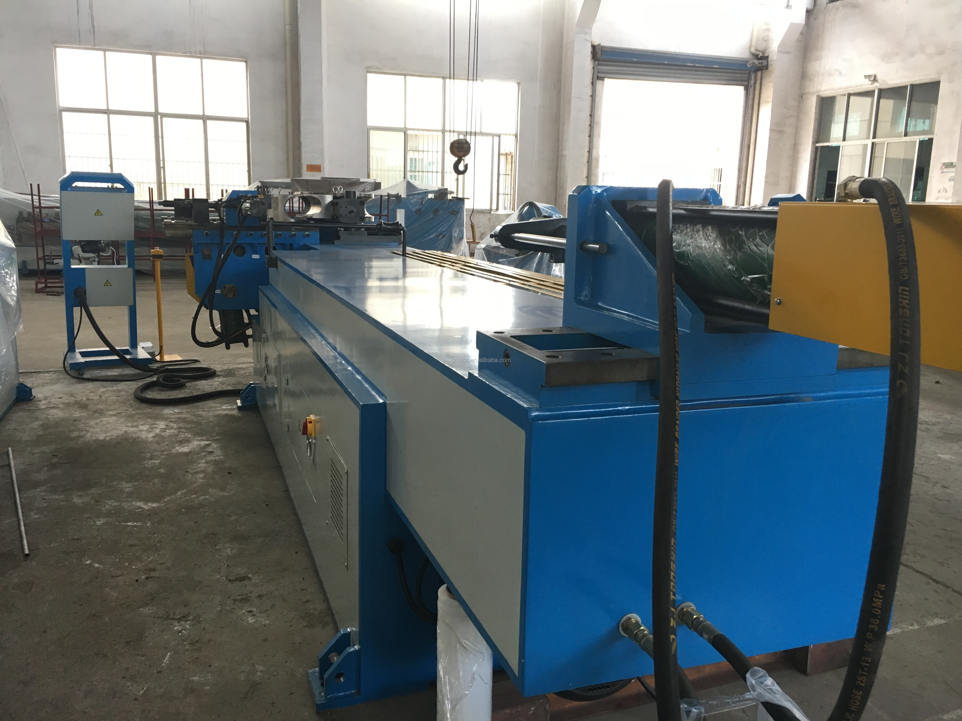 Semi-automatic Tube bending machine