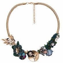 New design zinc alloy gold plated vintage jewelry handmade fabric flower statement necklace for women