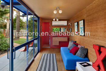 Modern combined 20ft container house with swing door