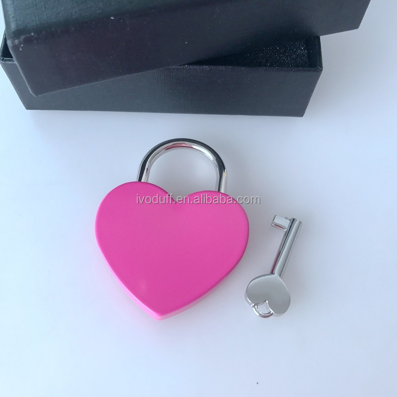 Vintage Heart Shape Padlock with Keys Suitcase Lock