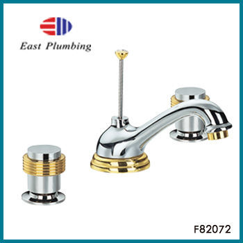 F82072 Eastplumbing Polished Chrome Double Handle Widespread Bathroom Faucet