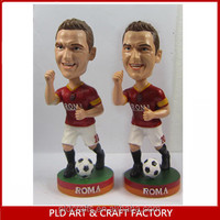 2014 Hot Sale Soccer player bobble head Wholesales/Football Design Figurine Bobblehead