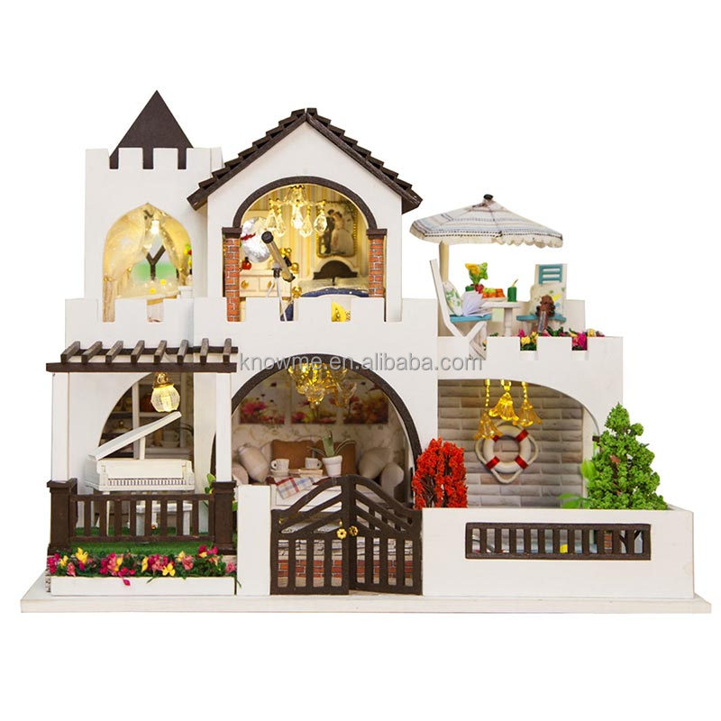 Doll House Lovely Factory Sale Wooden Doll House For kids Lovers Wooden DIY House