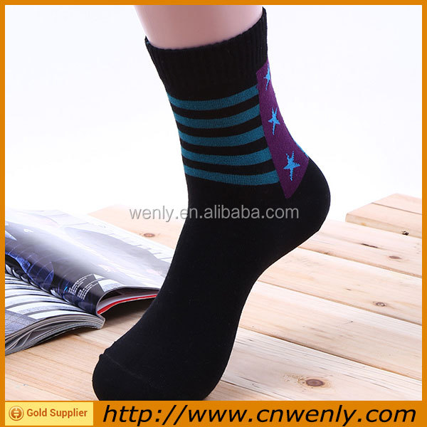 Cheap socks wholesales price in bulk