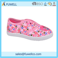 Good Sales Beautiful Childrens Shoes On