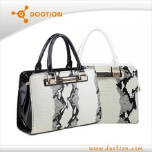 new hand bag women 2014 with snake skin pattern