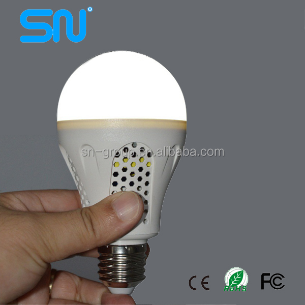 High performance 5w 7w 9w battery powered light bulb with PC material body