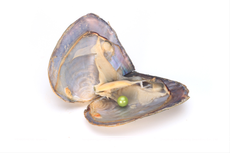Hengsheng 2017 Summer hot sale popular green 6-8mm near round akoya pearls in oysters with vacuum packing