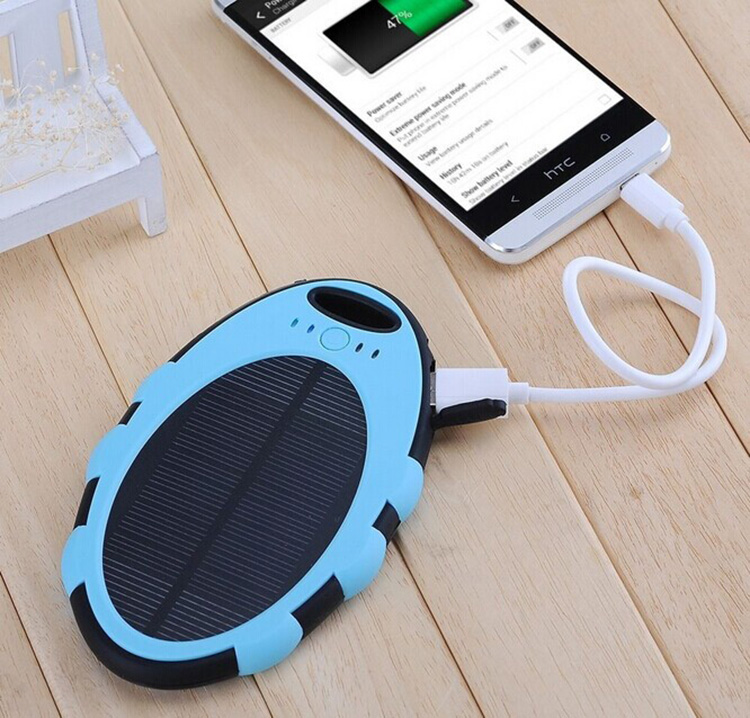 Hot selling portable handy universal solar power bank charger