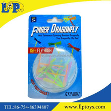 Most popular noctilucence flying finger dragonfly toy