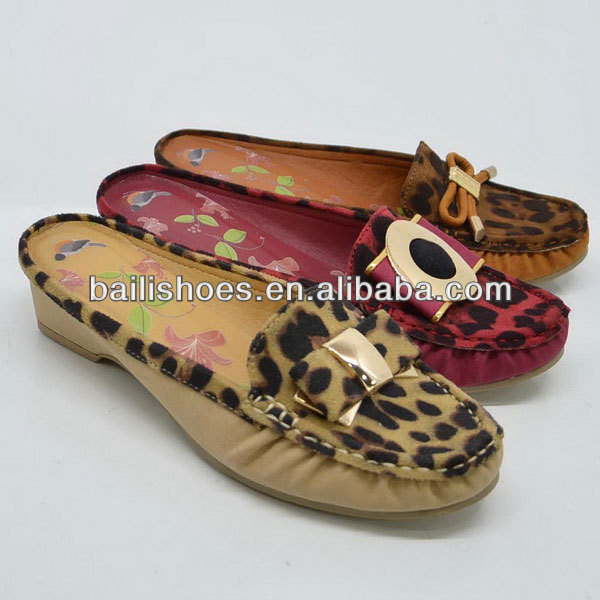 2013 new design women moccasin shoes flat moccasin sandals