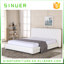 Super king size solid wood frame white pu leather soft bed in china