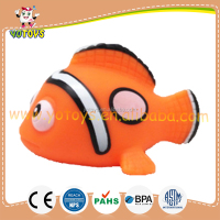 Clown fish vinyl baby spray water bath toy