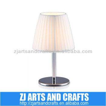 simple modern small table lamp