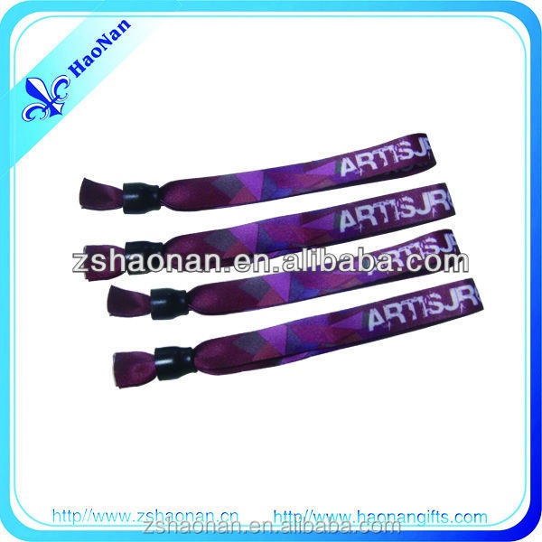 2015New Items in China Market alibaba New Style Fabric Plastic Clip quality is sublimation Wristband for festival