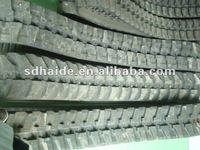 Rubber track for construction machinery