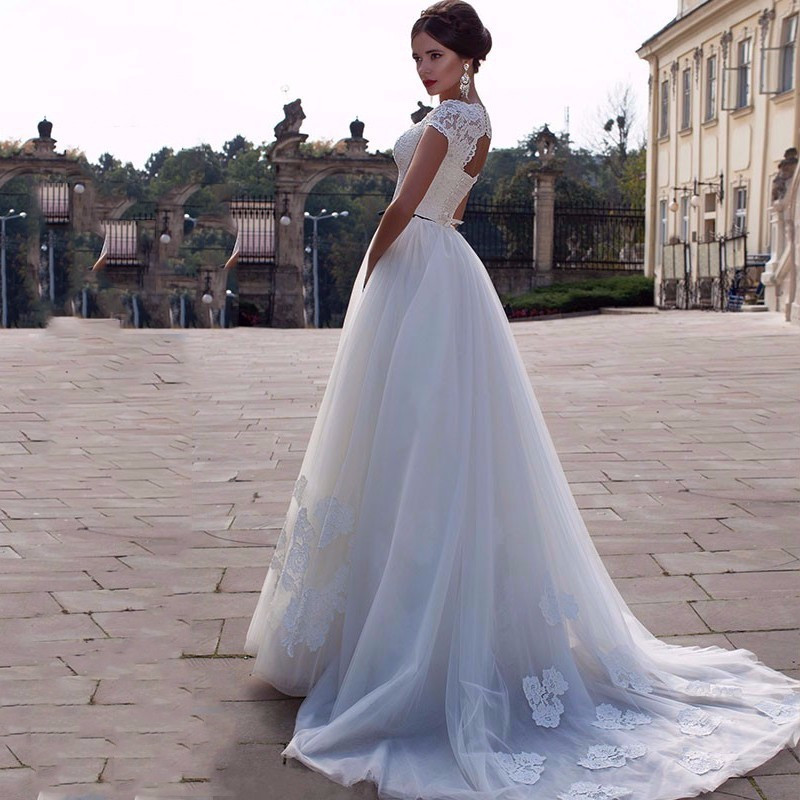 On449 Latest New Lace Wedding Dresses Cap Sleeve Long Train Elegant ...