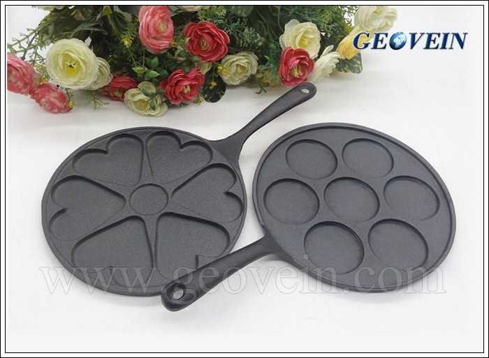 High quality heart shape cast iron baking pan