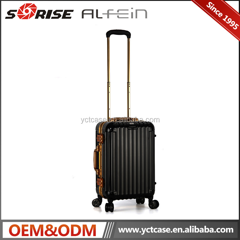 Customized size waterproof aluminum luggage case pilot case for travelling