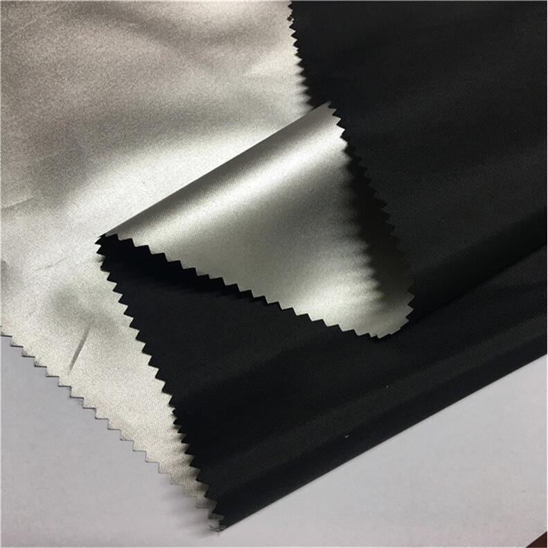 Silver Coating Blackout Curtain 210D Polyester Oxford Fabric