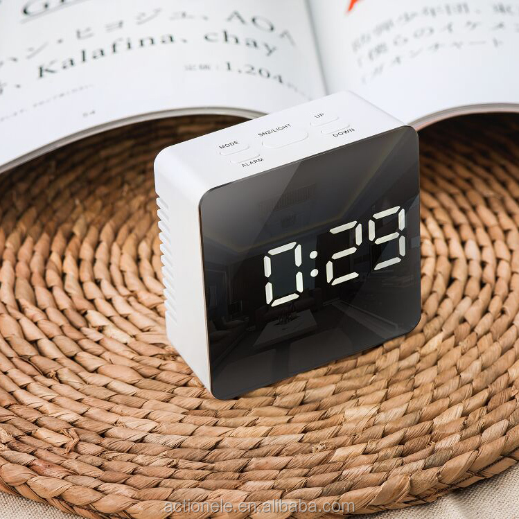 Novelty design Beauty Mirror Cube LED Alarm Clock with Night Mold & USB Digital Clock Arabic Numbered Clock