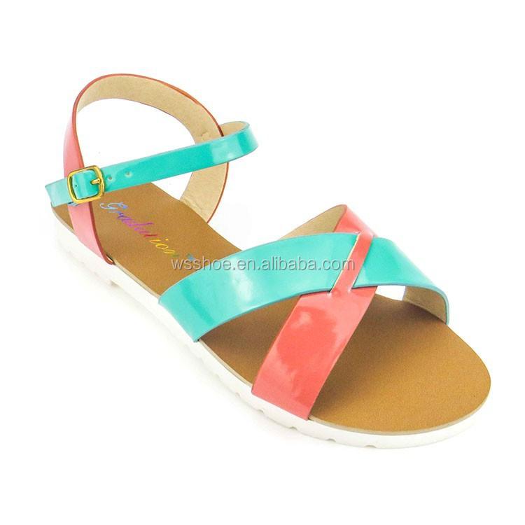 crossing vamp design 2015 style pvc lady sandal shoe cheap flat sandals for girls
