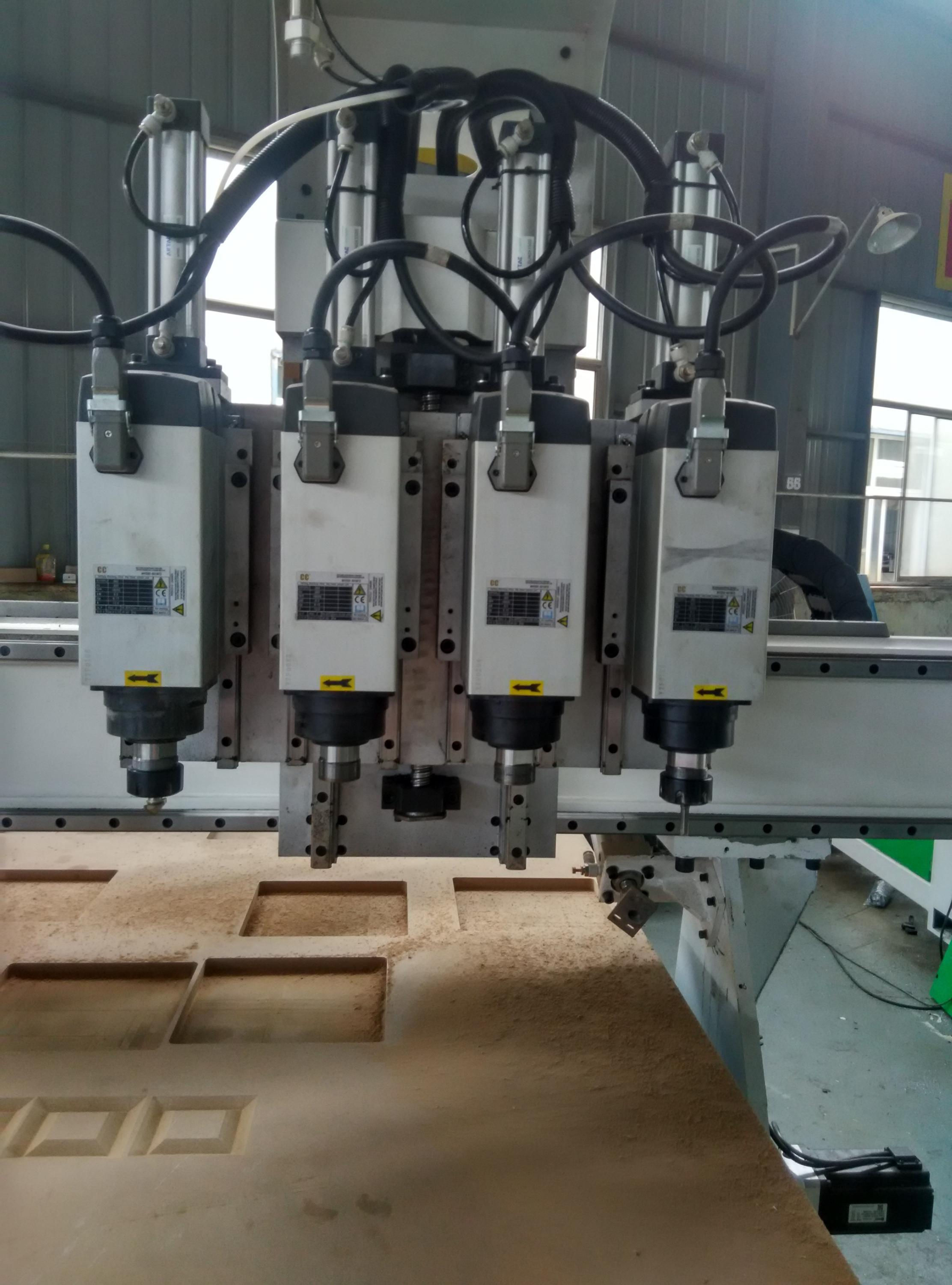 3d woodworking cnc router with four spindles