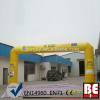 Yellow Square Promotion Inflatable Advertising Arch Door