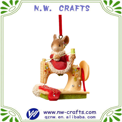 Polyresin christmas cute mouse sewing machine ornament
