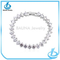 Wholesale fashion up-grade clear diamond hand harness bracelet for wedding and bridal design