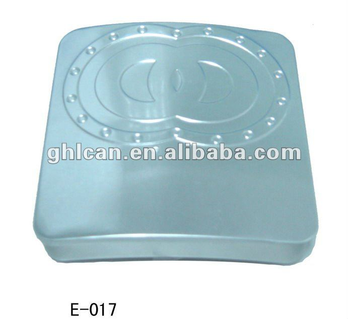 Sliding cigarette tin box