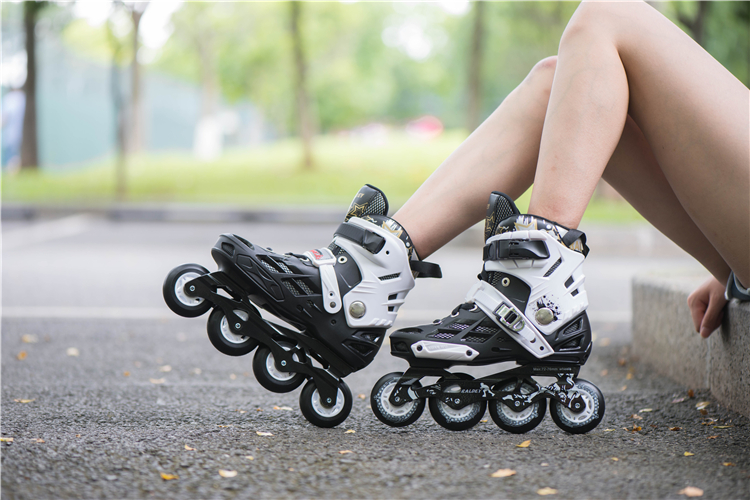 Raldey latest sports shoes board skate roller patines,4 wheels skate shoes, roller skate for adults with high quality in stock