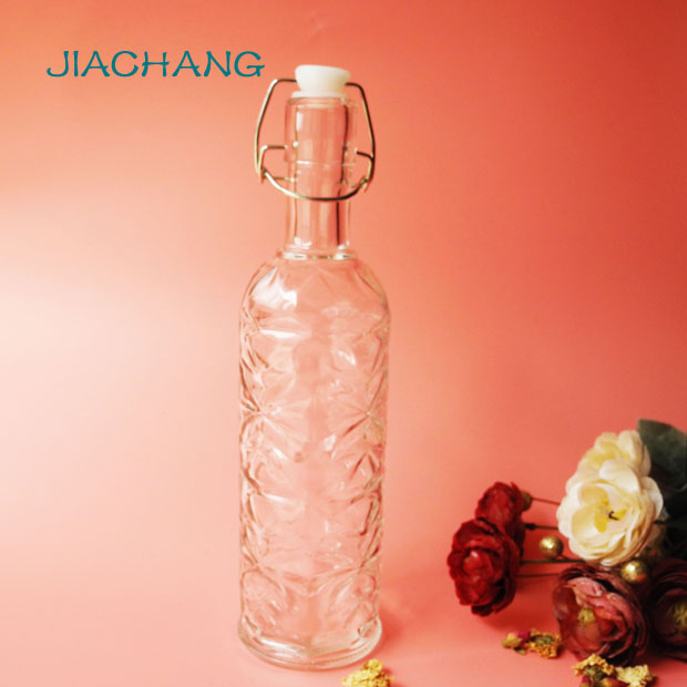 Glass material drinking jar with clip top
