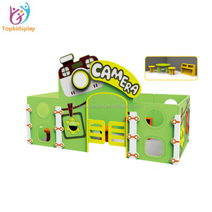 Wholesale eco-friendly Kids Wooden playhouse