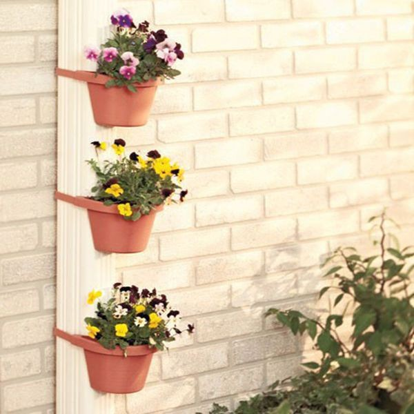 3 plastic wall flower pot