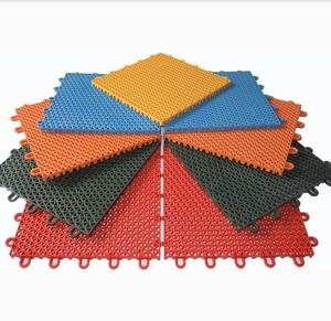 Antislip new type pp interlocking standard sizes rubber outdoor sports court badminton flooring mat