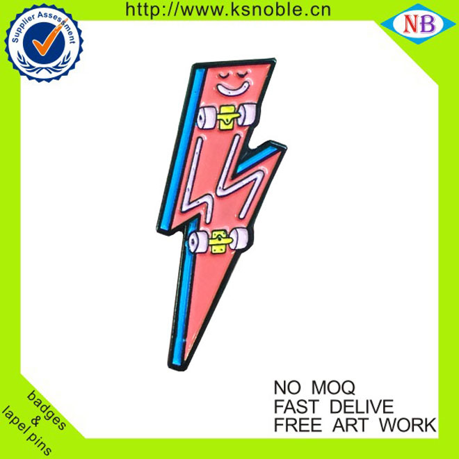 Customized funny flash hat pins enamel lightning pins